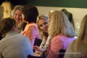 Dagvoorzitter Yvonne Lemmens zorgt voor Interactie. Event en congres met meer impact.